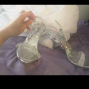 1/2 inch silver heels with top of foot gems